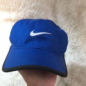 Nike women's dri-fit baseball hat